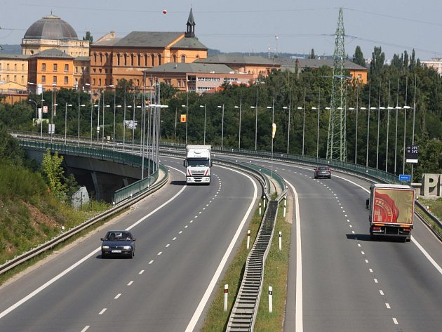 Přivaděč dálnice D5