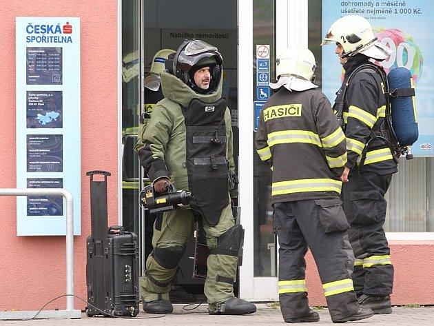Anonym nahlásil v Částkově ulici v Plzni bombu