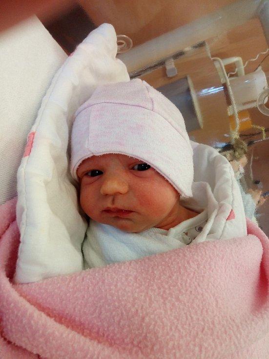 Eliška Machová ze Spůle se narodila v klatovské porodnici 2. dubna v 8:22 hodin (2450 g, 47 cm) mamince Michale a tatínkovi Zdeňkovi.