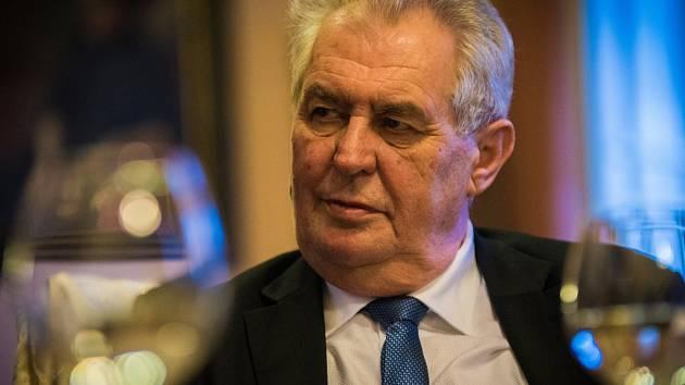 Miloš Zeman během rozhovoru pro Plzeňský deník