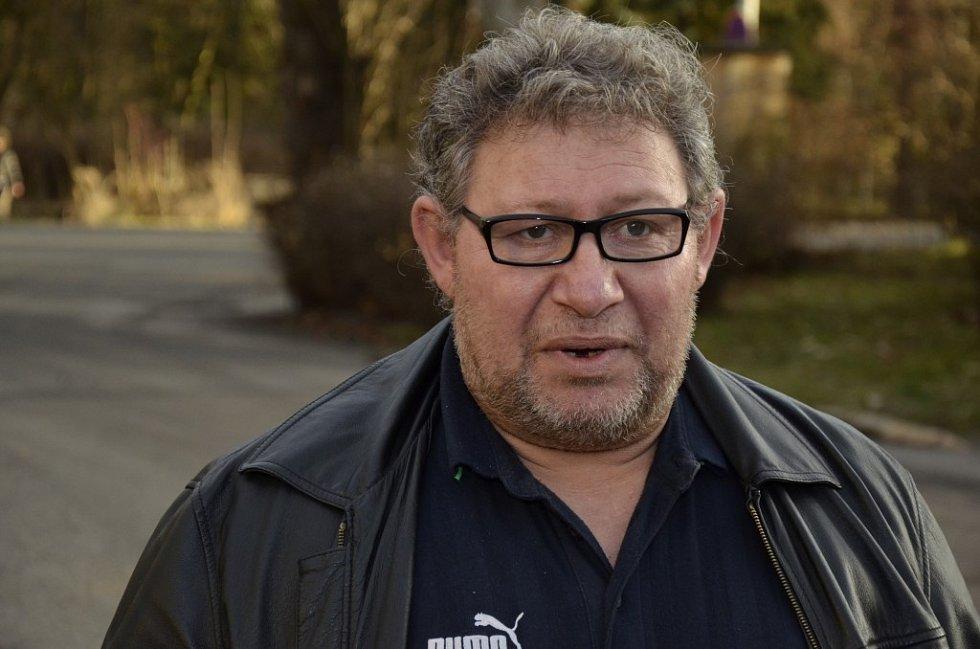 Propuštění vězňů z věznice v Plzni na Borech