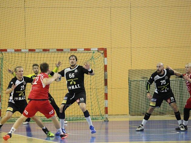 Plzeň porazila norský celek Follo HK 31:26.