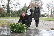 Uctění památky J. K. Tyla na Mikulášském náměstí v Plzni