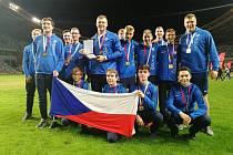 Atleti Škody Plzeň se zlatými medailemi z Evropského poháru mistrů.