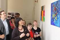 Výstava Umění bez hranic žáků ZŠ speciální Diakonie Českobratrské církve evangelické Merklín a Speciální školy St. Gunther z německého Chamu