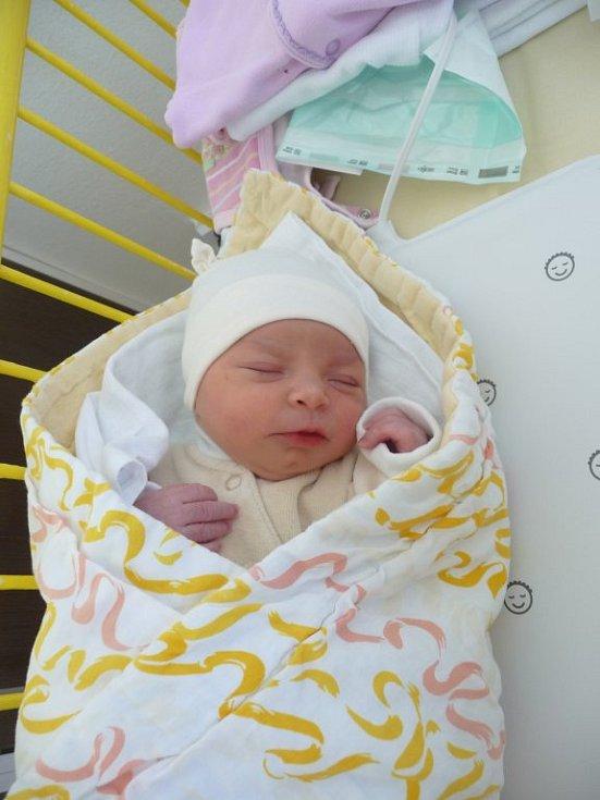 Sophia (2,40 kg, 46 cm) se narodila 29. července v 11:10 v Mulačově nemocnici v Plzni. Na svět svoji prvorozenou holčičku přivítali maminka Anna Valentová a tatínek Jan Gažak z Benešovic.