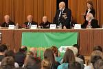 Veteráni osvobození Plzně na konci 2. světové války, příslušníci americké a belgické armády, se setkali na besedě se studenty plzeňských středních škol v Měšťanské Besedě.