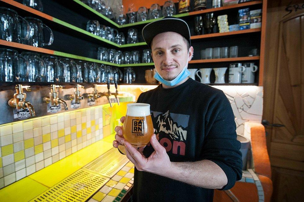 Podívejte se, jak se vaří pivní speciály v Druztové
