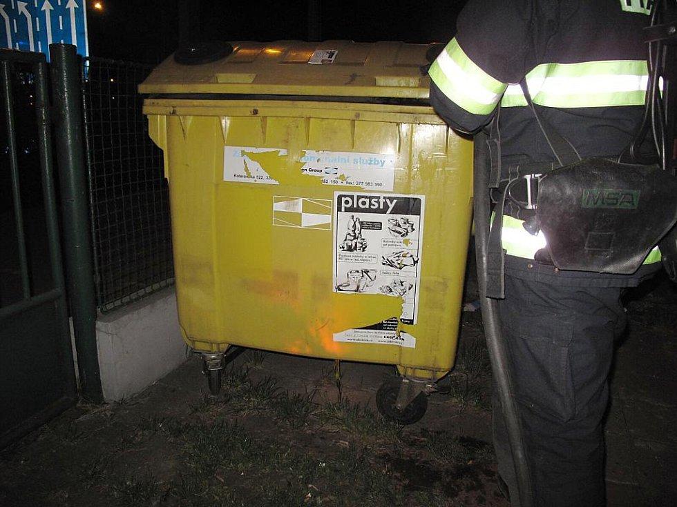 Požár kontejneru v ulici U Prazdroje