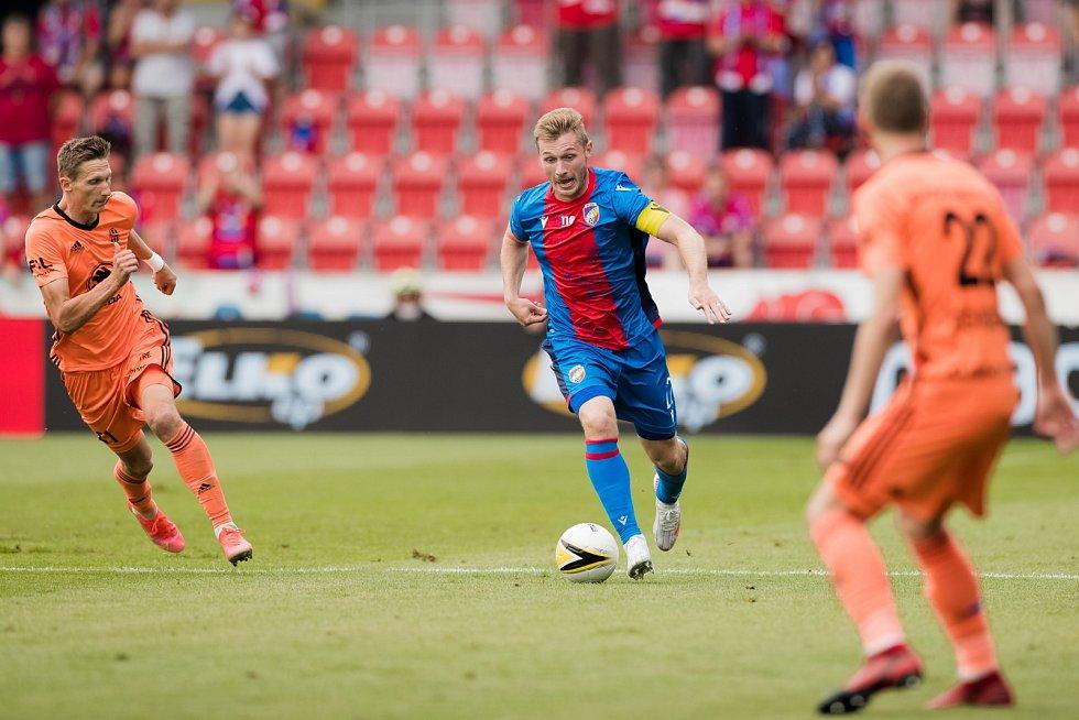 Stoper Jakub Brabec v ligovém utkání s Mladou Boleslaví (2:1).