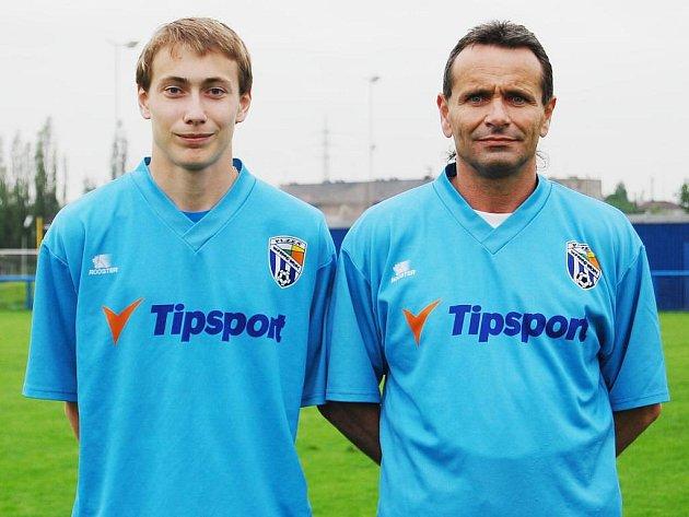 Na podzim padesátiletý Pavel Baroch si zahrál v mužstvu Rapidu nejvyšší krajskou fotbalovu soutěž se svým synem Ondřejem, který příští týden oslaví osmnáctiny