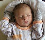 Filip Roušar se narodil 29. června mamince Petře a tatínkovi Honzovi. Po příchodu na svět ve Fakultní nemocnici v Plzni na Lochotíně vážil prvorozený synek 3330 gramů a vážil 50 centimetrů.
