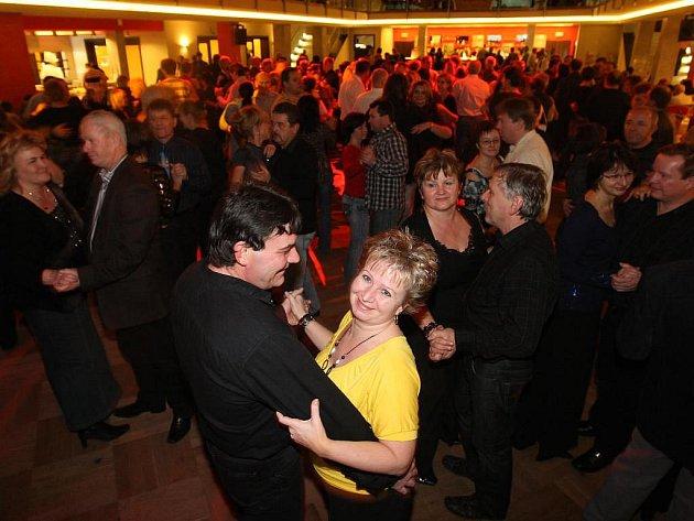 Oldies diskotéka se na první svátek vánoční konala i v ParkHotelu