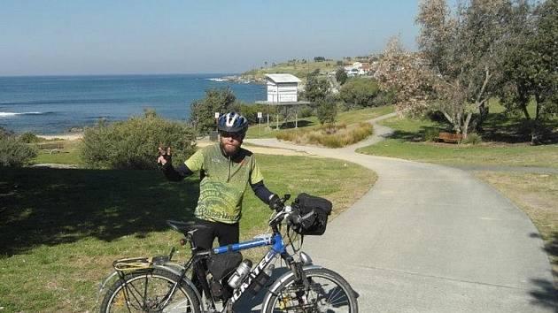 Cestovatel Jaroslav Král alias Šnek se po dvouapůlleté cestě po světě vrátil domů. Poslední země, kterou navštívil, byla Austrálie.