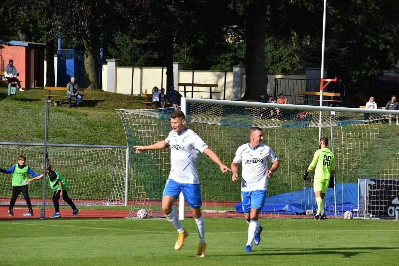 Dušan Pinc už se po svojí premiérové trefě za Domažlice v soutěžním zápase mohl radovat.
