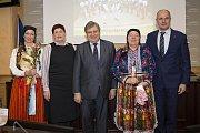 Kraj ocenil mistry tradičních řemesel a nositele kultury
