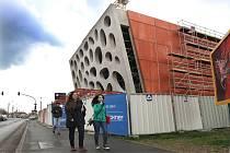 Bublinková fasáda Nového divadla