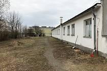 Místo pro bezdomovce v prostoru kasáren na Borských polích