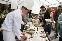 Speciality japonské kuchyně připravovali pro návštěvníky studenti Odborné školy z Horšovského Týna