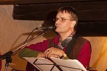 Josef Gruber z plzeňské skupiny Klobouk dolů připravil nový originální pořad, který se hudbou i slovem věnuje keltským tradicím