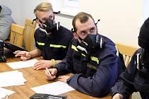Podpořit svého nemocného kamaráda se rozhodli nejen dobrovolní hasiči z Malesic ale i dalších míst Plzeňska. Jejich kolega bojuje totiž s akutní myeloidní leukémií a potřebuje dárce kostní dřeně.