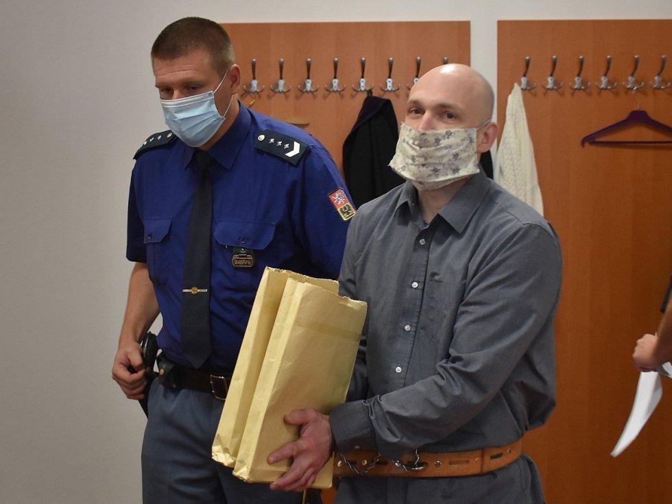 Martin Tolar u okresního soudu v Plzni.