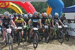 Takhle to vypadalo na startu letošního ročníku cyklomaratonu Aimtec Open Race v Plzni.
