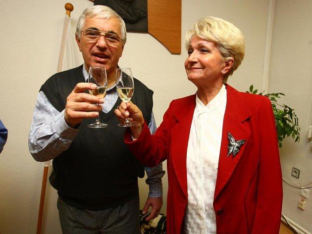 Jiří Bis a Milada Emmerová po sečtení výsledků voleb