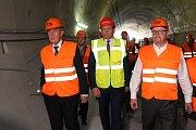 Stavba železničního tunelu mezi Plzní a Kyšicemi