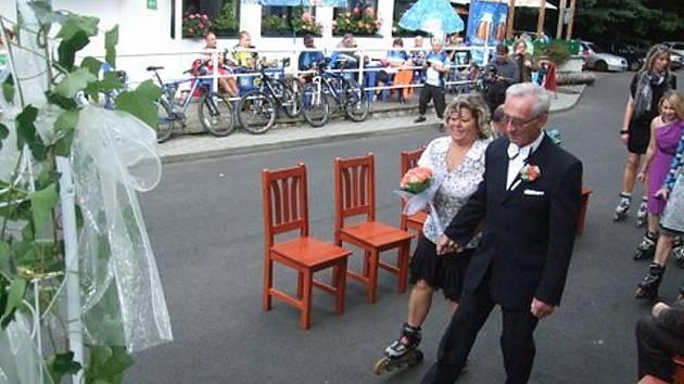 č. 138: Jana a František Přibylovi, Tanvald (Svatba: 19. září 2015 zlatá svatba)