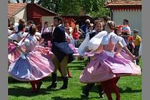 Hlavními lákadly na zámku Rochlov byly oslavy svátku Sv. Hildegardy a také tradiční staročeské máje.