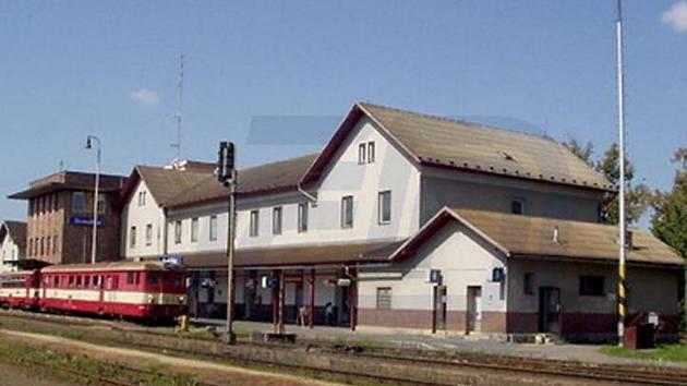 Domažlice, bývalá výpravní budova, 3 050 000 Kč