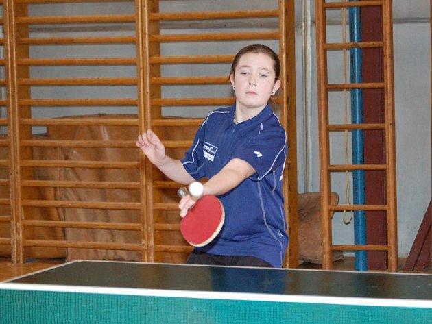 Mladším žákyním při šesté Velké ceně Horažďovic kralovala domácí talentovaná stolní tenistka Iva Šourová