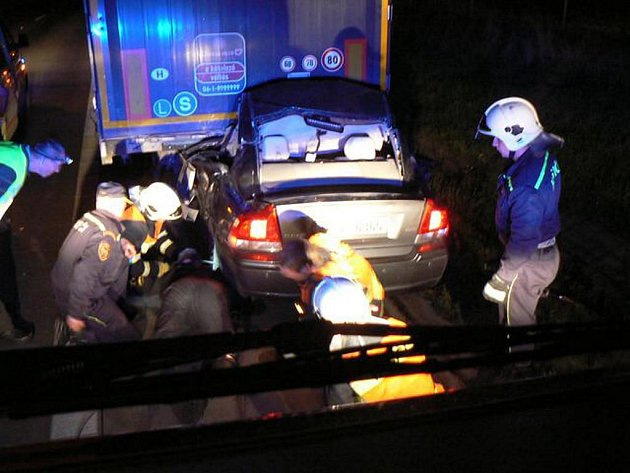 Tragická nehoda na dálnici D5 u Nýřan. Řidička na místě zemřela
