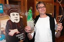 Zlatého ledňáčka získal na plzeňském festivalu Finále i režisér Jan Svěrák. Úspěch mu přinesl film Kuky se vrací.