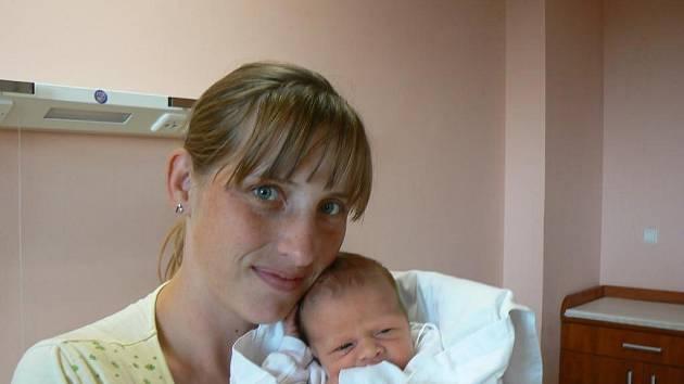 Ke dvouleté Alici přibyl Simoně a Františku Holubovým zNepomuku novorozený syn, který dostal jméno po tátovi. Frantík (3,11 kg, 52 cm) se narodil 4. 10. v6:20 hod. ve FN vPlzni