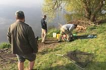 Na reportáž s porybným Janem Kokoškou se Deník vydal k Borské přehradě v Plzni.