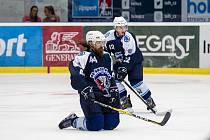 Ryan Hollweg podepsal v Plzni smlouvu.