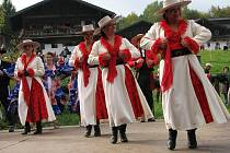 Den lidové hudby ve skanzenu Bavorského lesa, který je v těsné blízkosti městečka Tittling