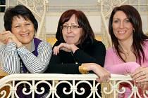 Magistrátní úřednice (zleva) Lenka Vovsová, Helena Frühbauerová a Zdeňka Němcová
