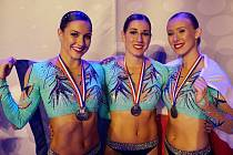 V Leidenu získala děvčata v aerobicu zlato a stříbro.