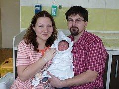 Rodiče Markéta a Josef Balcarovi z Plzně chovají Elišku (4,03 kg, 51 cm). Jejich prvorozená holčička přišla na svět 3. března v 18:20 v Mulačově nemocnici v Plzni.