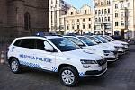 Zástupci Městské policie Plzeň si převzali do užívání nová vozidla Škoda Karoq.