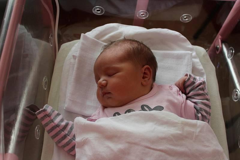 Emily Paidarová se narodila 12. července ve 13:19 ve FN Lochotín. Rodiče Simona a Jan z Plzně přivítali očekávanou dceru společně. Doma se na sestřičku těšil bráška Patrik (3).