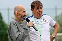 Fotbalem pro Jirku Šámala, Vejprnice 5. června 2021. Miloslav Paul (vpravo)