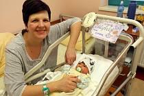 Jan Sutnar s maminkou Anetou Sutnarovvou v porodnice Fakultní nemocnice Plzeň