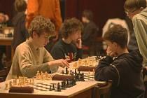 Více než 130 šachistů z celého kraje se ve středu sešlo v Kulturním domě Peklo v Plzni