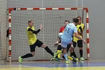 Michal Seidler střílí na branku Ústí nad Labem v minulém kole VARTA Futsal ligy.
