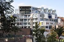 Bytový dům Circle získal cenu primátora města Plzně. Rohový dům stojí na křižovatce ulic Budilova      a Puškinova v samotném centru  města