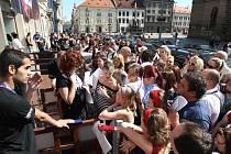 Casting soutěže Česko Slovensko má talent v Plzni na náměstí Republiky